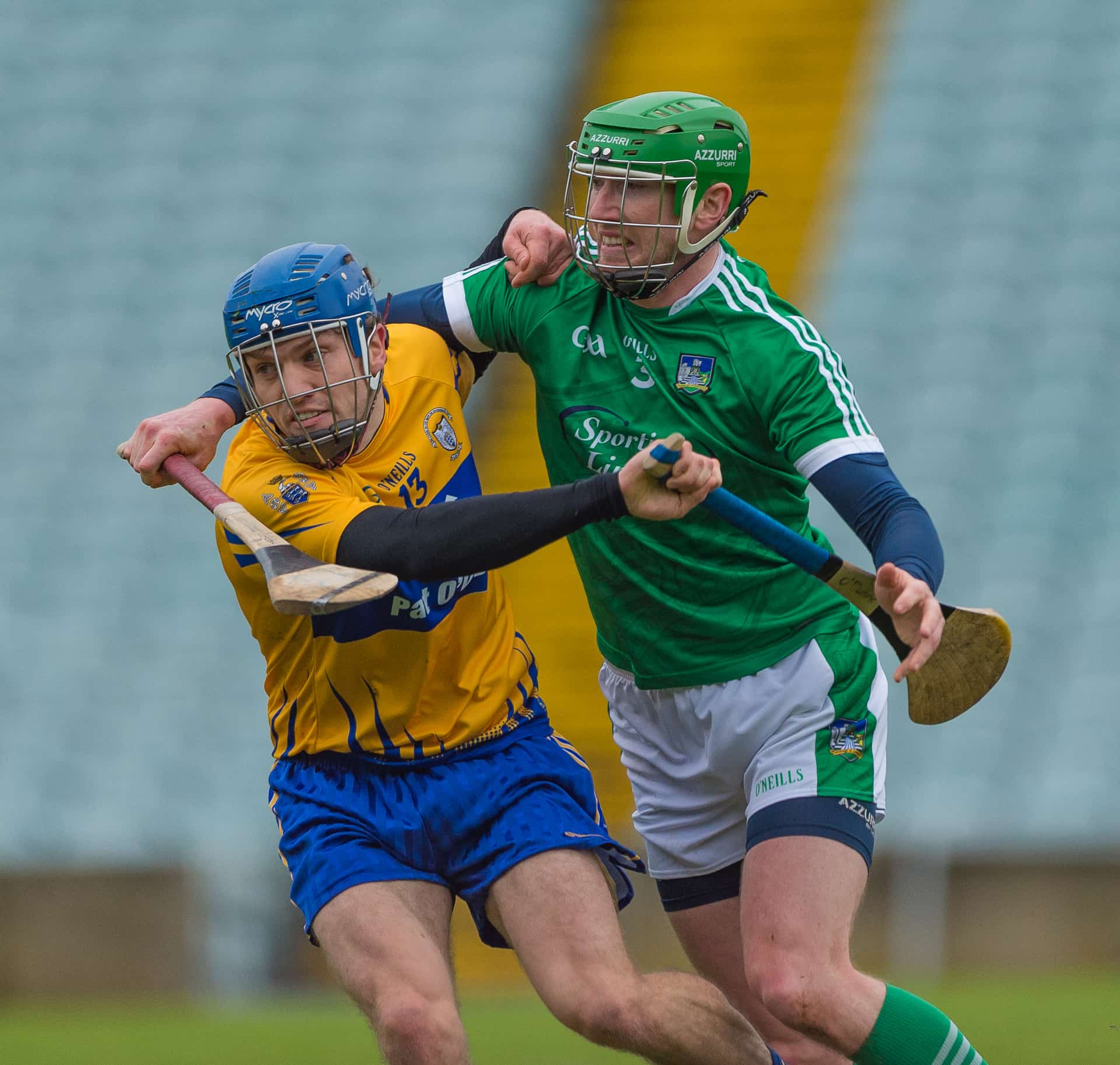 Shane O'Donnell and Seamus hickey tussle for the ball. Photo: Martin Connolly