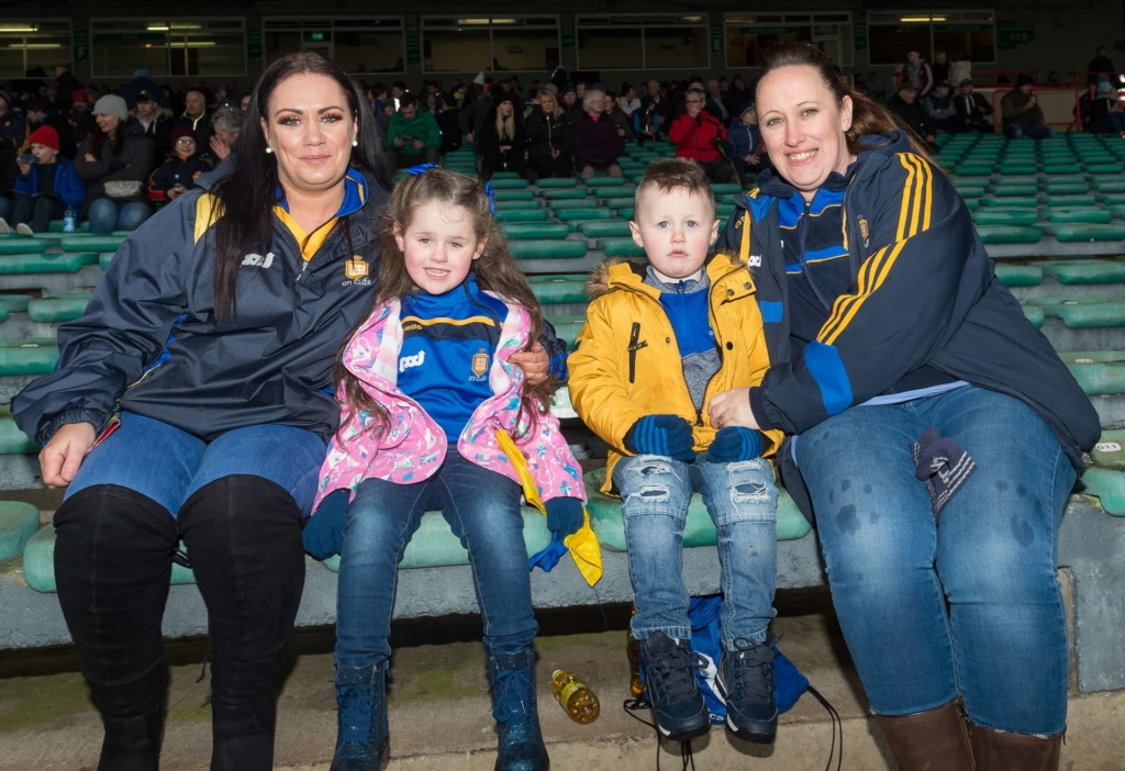 Josie O'Sullivan with Laura, Shane and Kate Hensley from Shannon Photo: Martin Connolly