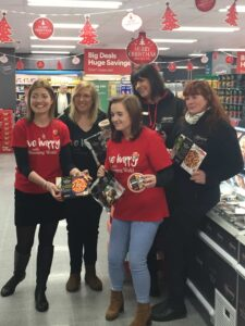 Slimming World leaders at Iceland Shannon opening